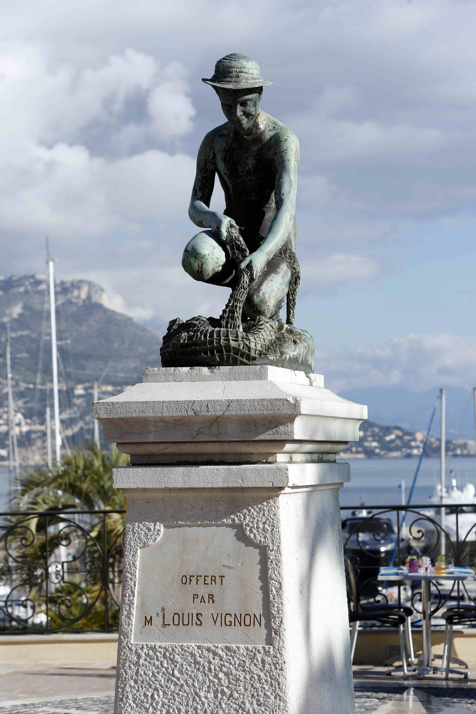 Statue de Saint-Jean-Cap-Ferrat