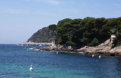 Sentier-sous-marin-Les-plages-e1543575104694
